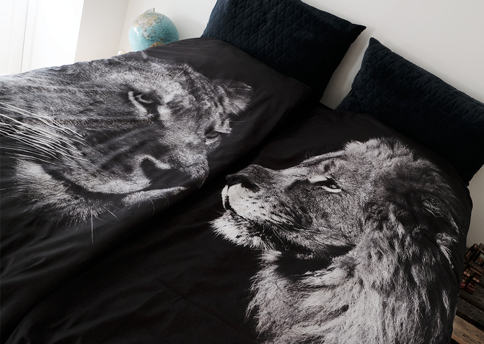 BLACK LIONESS - 2 SETS DUVET