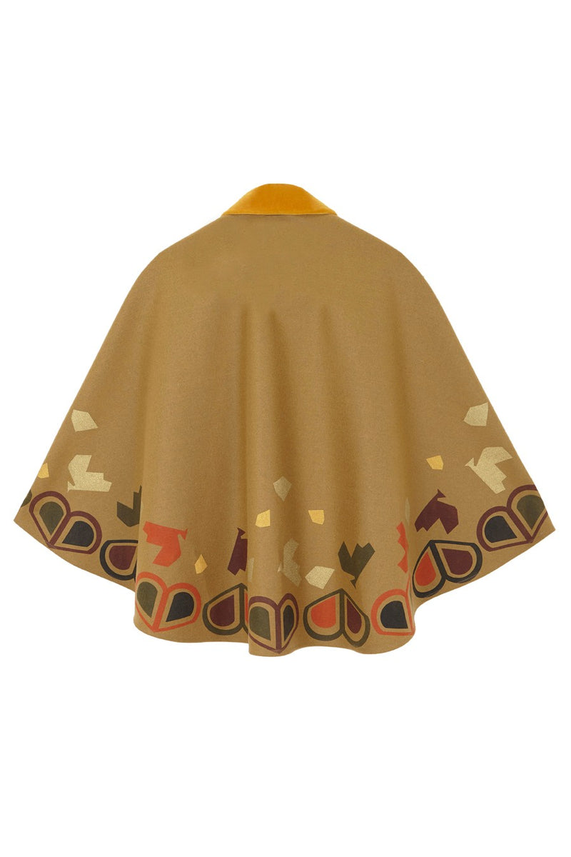Seseña short cape by Antelo