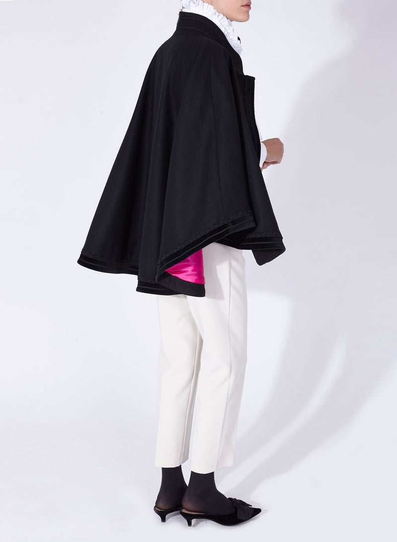 BALTIC CAPE BLACK