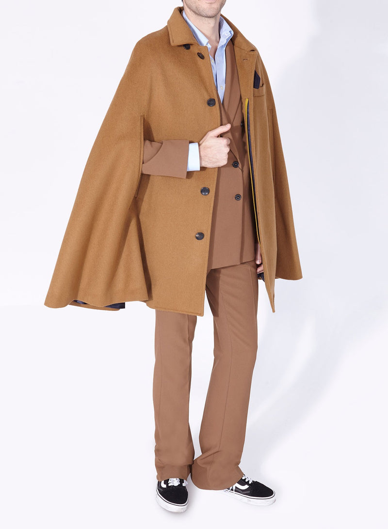 MR.DARCY CAPE CAMEL