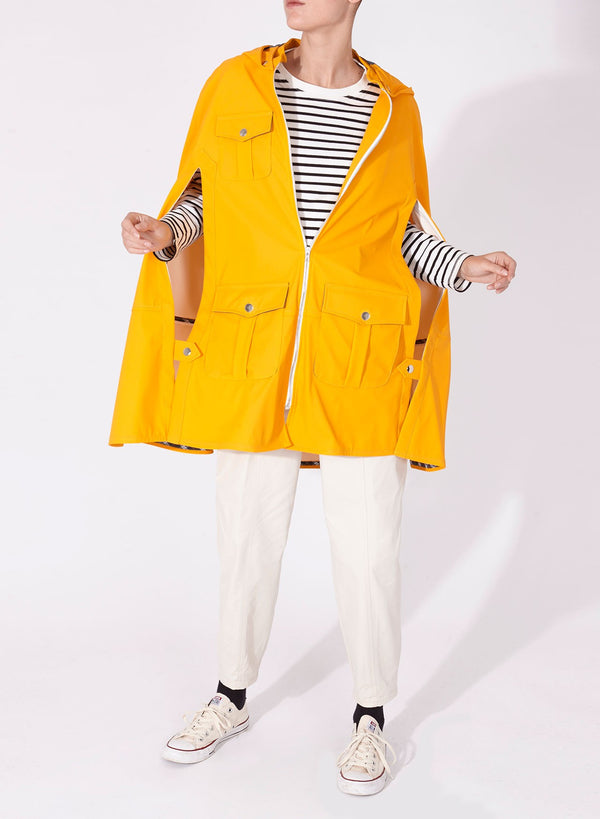BIZKAIA UNISEX yellow CAPE WOMAN.
