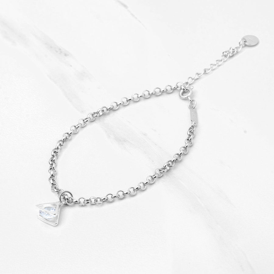 LILIAN Triangular Diamond Necklace/Bracelet