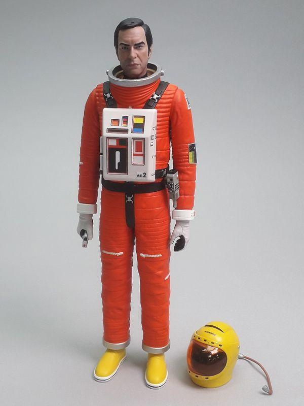 Space: 1999 Commander John Koenig in Alpha Spacesuit - The Gerry Anderson Store