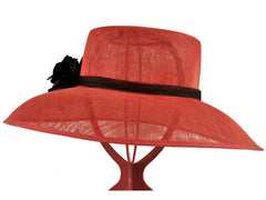 Rae | Hat Borrower Hat Hire