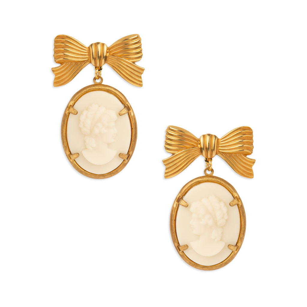 Victoria Bow Earring