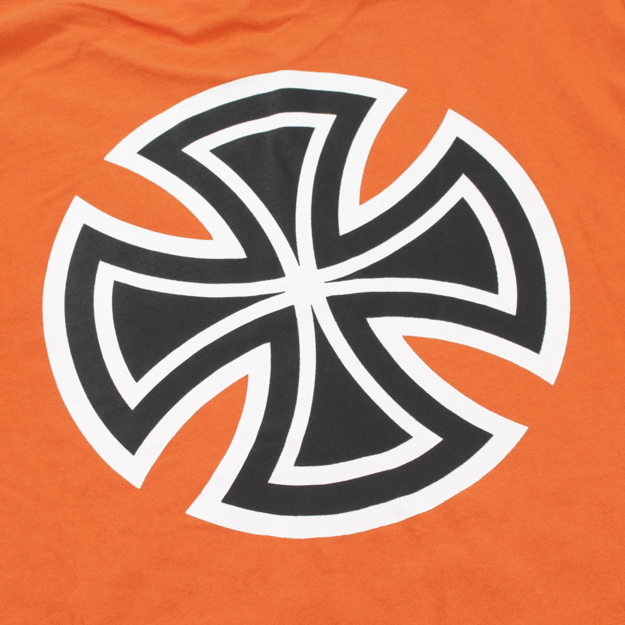 INDEPENDENT CROSS BAR TEE