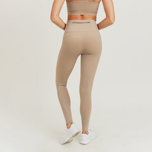 Eco-Green Essential Lycra-Blend Highwaist Leggings - Mushroom