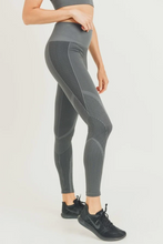 Load image into Gallery viewer, Mermaid Seamless High Waist Leggings - Charcoal