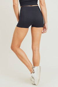 Ribbed + Smooth Highwaist Compression Skinny Shorts