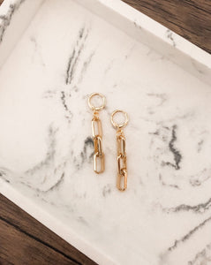 Chunky Chain Dangle Huggie Earrings in Gold