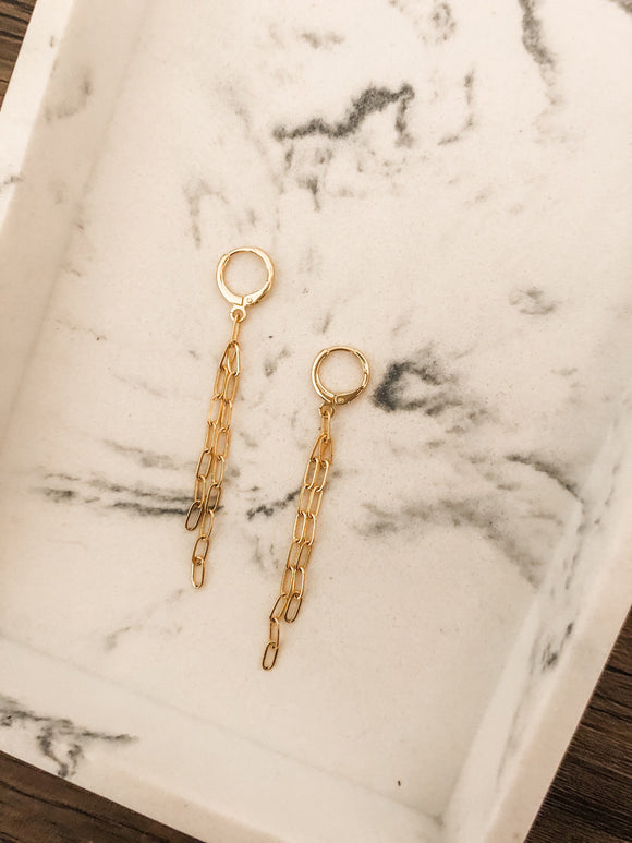 Dainty Chain Dangle Huggie Earrings in Gold