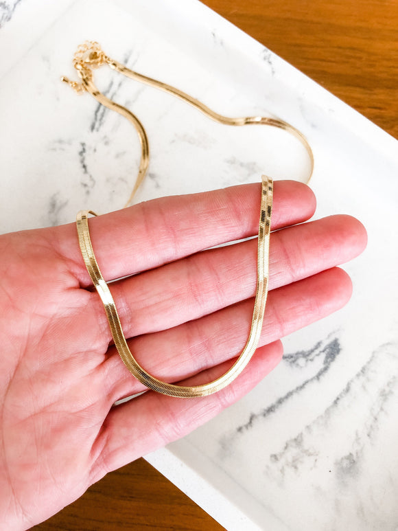 Flat Herringbone Snake Chain Necklace in Gold