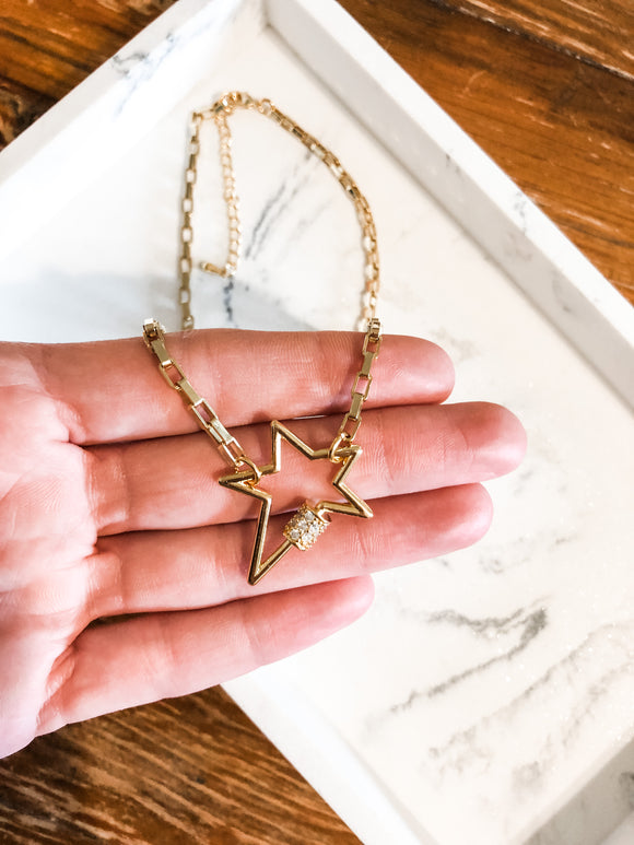 Star Carabiner Link Necklace in Gold