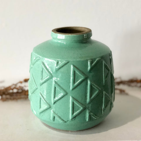 Tidal glazed clay pot