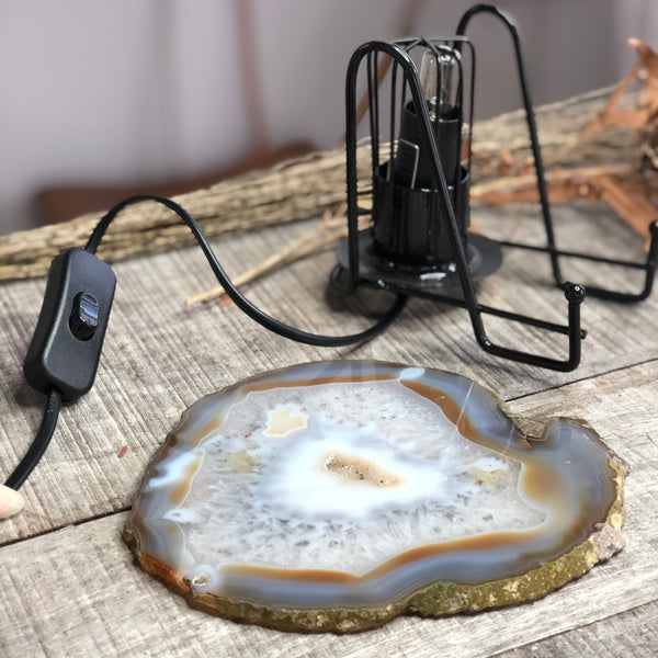Australian gift, crystal, decor online shop: Natural Agate crystal slice with metal stand lamp