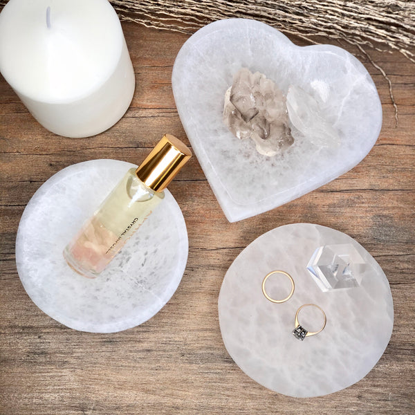 Australian gift, crystal, decor online shop: Selenite crystal heart charging plate or bowl