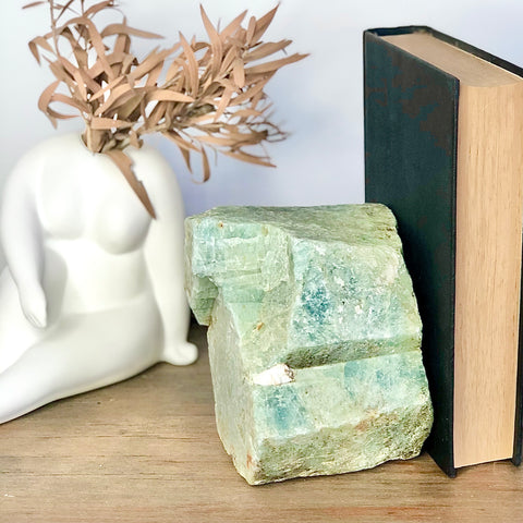 Aquamarine rough crystal stone bookend 1.98kg