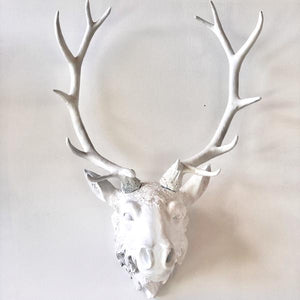 Royal stag head mounted wall mounted white