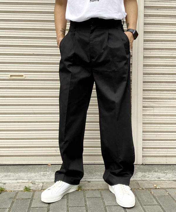 PLEATED CROP TROUSERS プリーツクロップドトラウザーズ