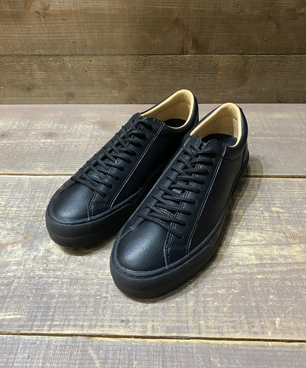 GILLION BLACK/BLACK