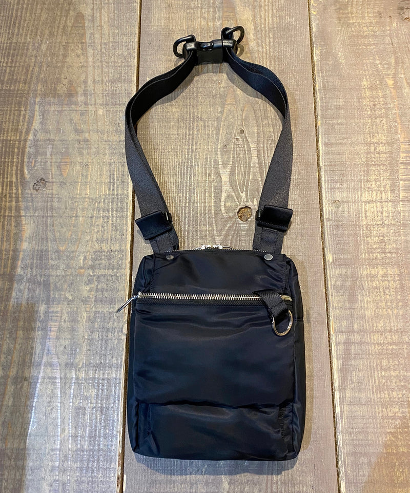 PADDING SHOULDER BAG