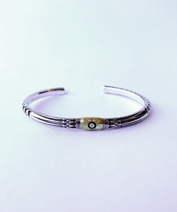 【再入荷】ARROWHEAD BANGLE