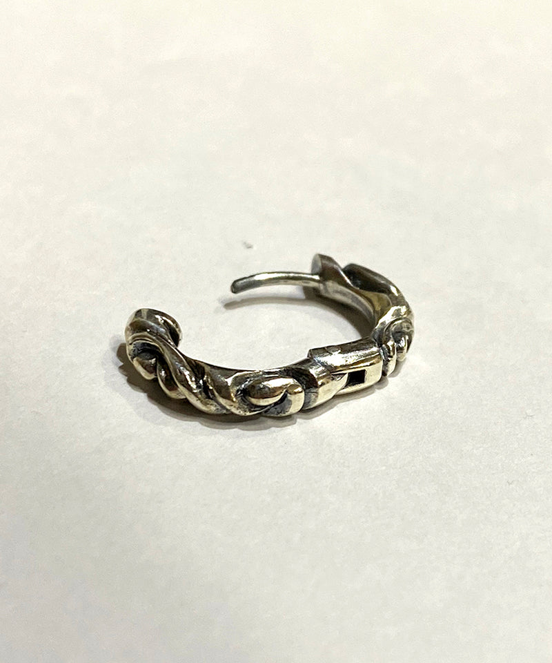 【再入荷】SCROLL HOOP PIERCE