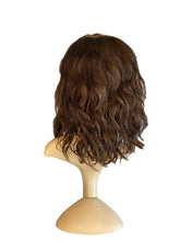 "Load image into Gallery viewer, CHOCOLATE BROWN WAVY (5) - 10/12"" WIG"