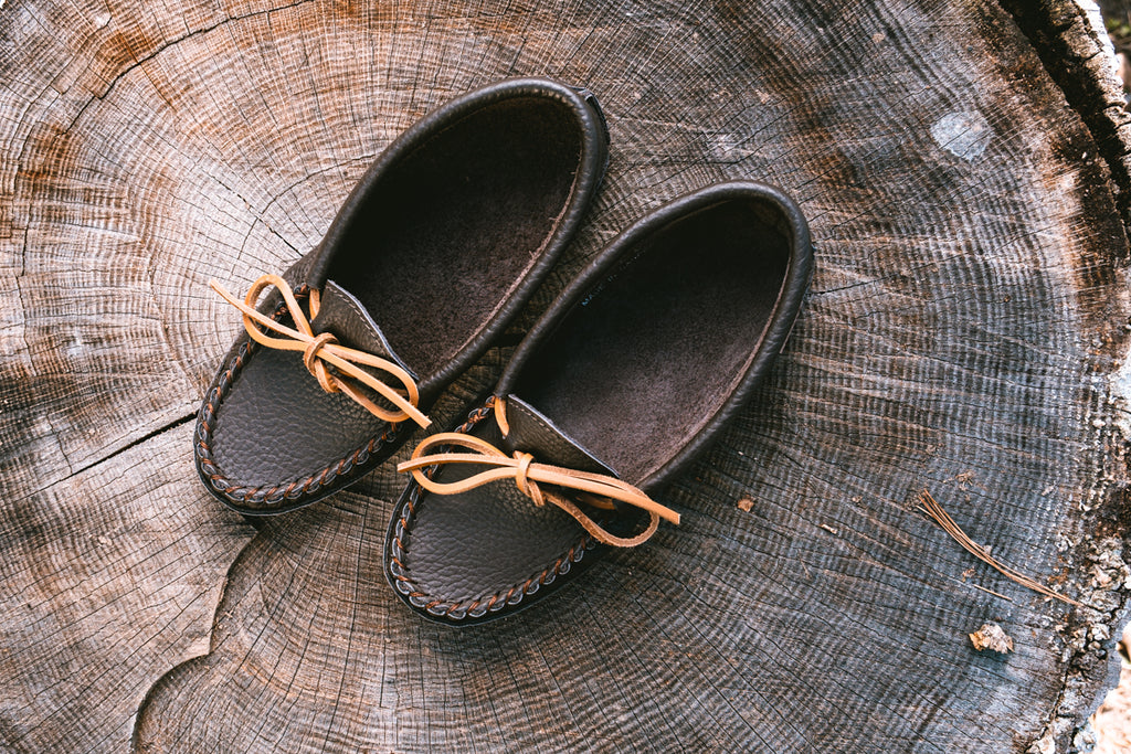 Laurentian Chief moccasins for women brown
