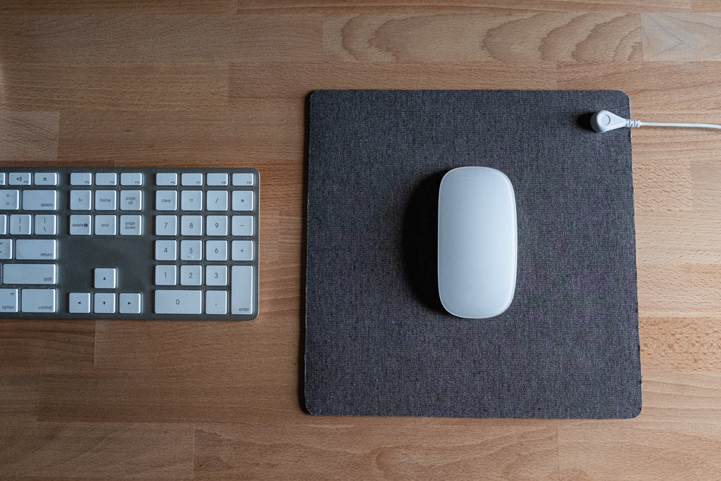 earthing grounded mouse pad
