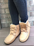 Women's Moosehide Sheepskin Lined Winter Earthing Boots BB41715L