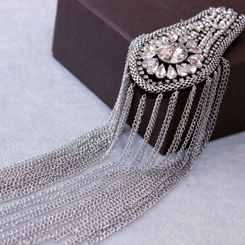 A pair Handmade Rhinestone Epaulettes,Shoulder Patch,Beaded Shoulder piece Festival epaulettes Silver tassel chain fringe shoulder jewelry