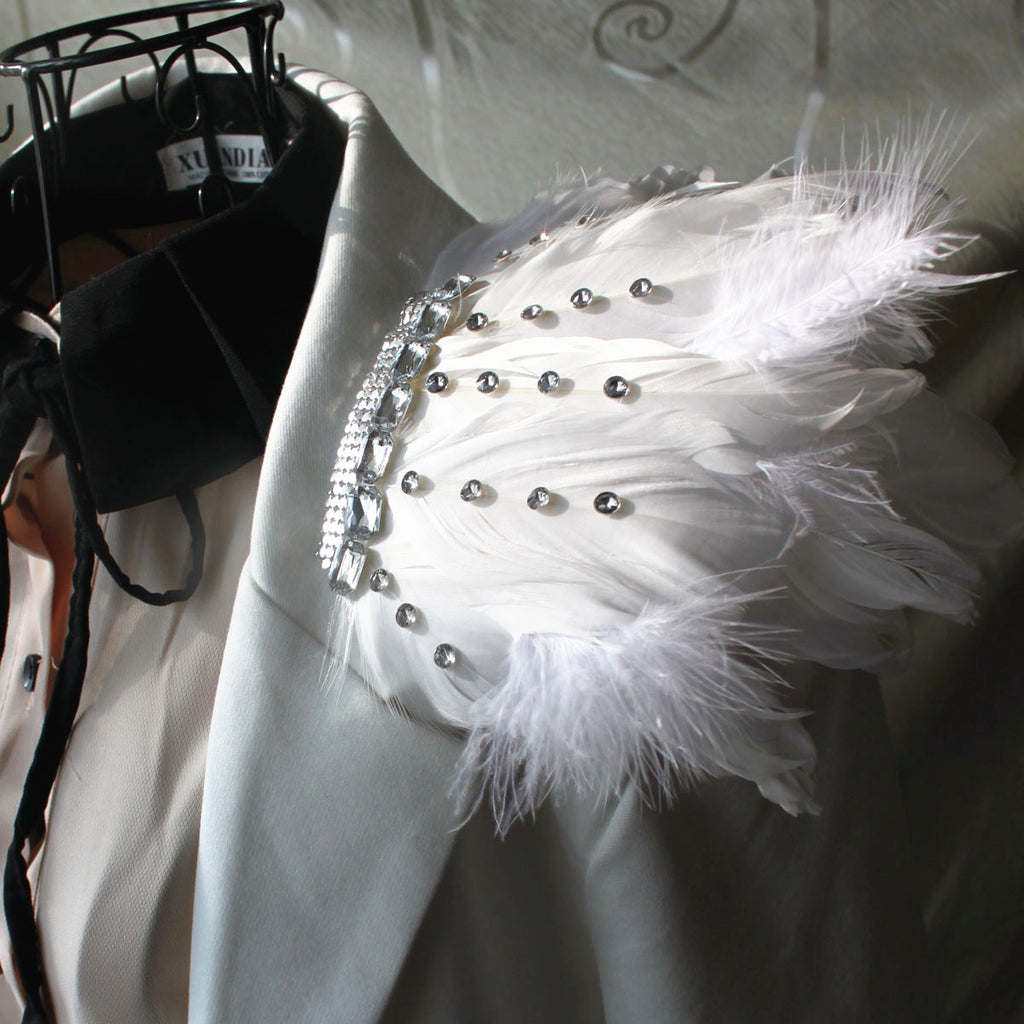 1 Pair White feather crystal epaulettes Shoulder Pads Feather harness Edgy shoulder piece Shoulder patch for Halloween Burning man Cosplay