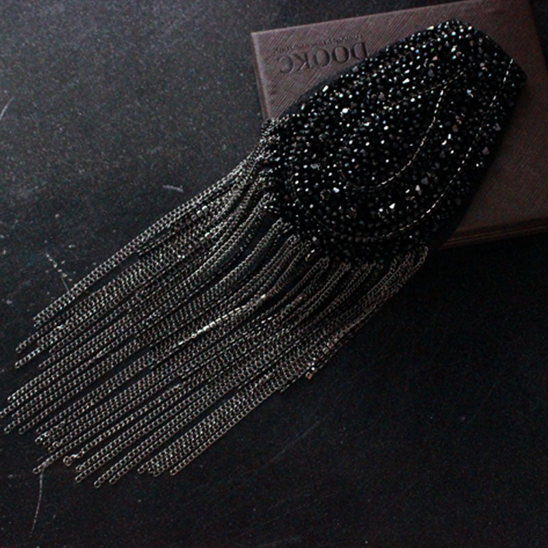 Crystal And Metal Fringe Epaulette Beaded Rhinestone Crystal Epaulets, Fancy Shoulder Patches, Shiny Beaded Dance Costume Appliques with Chain Tassels for clothes Punk Wind Coat Suit DIY