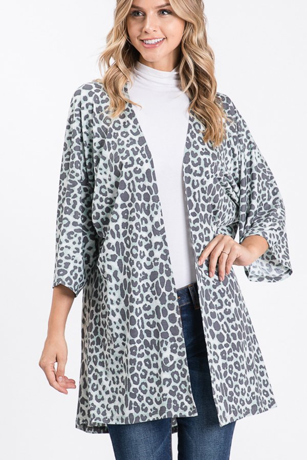 THREE QUARTER SLEEVE ANIMAL PRINT KIMONO CARDIGAN