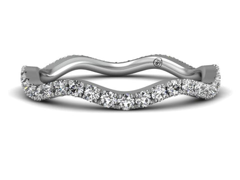 Bostonian Wiggle Pave Diamond Band
