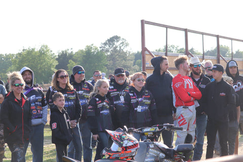 Nine6Nine family standing together at Texas Underground MX - 2018 ATV MX National Championship