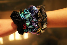 Load image into Gallery viewer, Scrunchie party girl