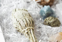 Load image into Gallery viewer, Crystal and Sage Smudge Gift Set