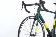 Load image into Gallery viewer, Cannondale Super Six EVO 105 Carbon Frame Race Road Bike Shimano