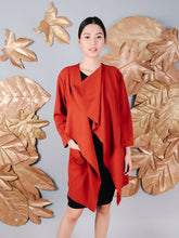 Load image into Gallery viewer, Lulu coat rust front 3