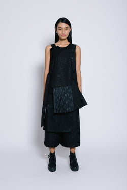 S14 TT06A || BLACK TOP WITH PLEATS