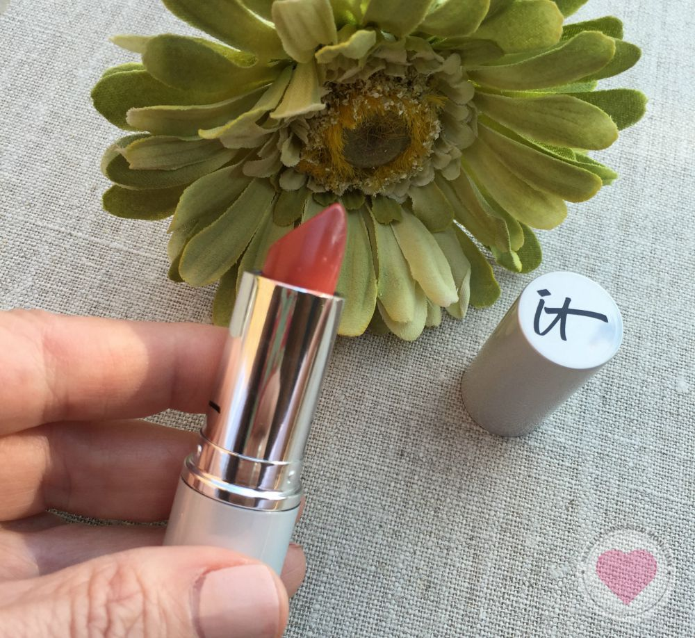 IT Cosmetics Blurred Lines lipstick review via @stacieannh on @agirlsgottaspa