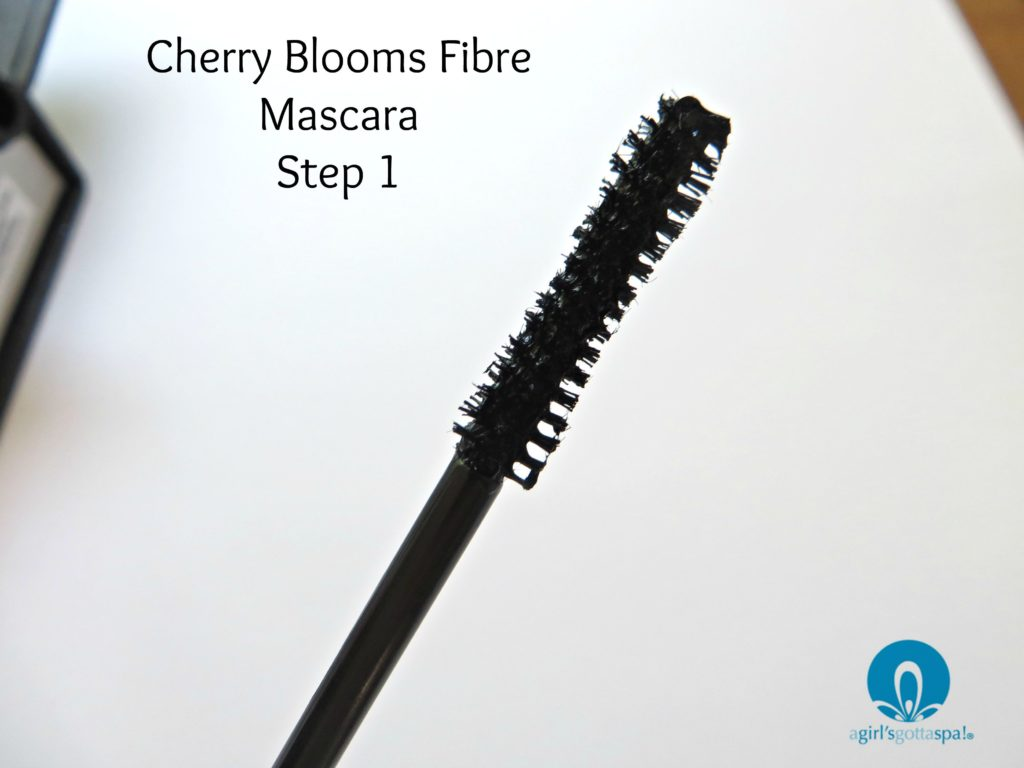 cherry-blooms-fibre-mascara-review