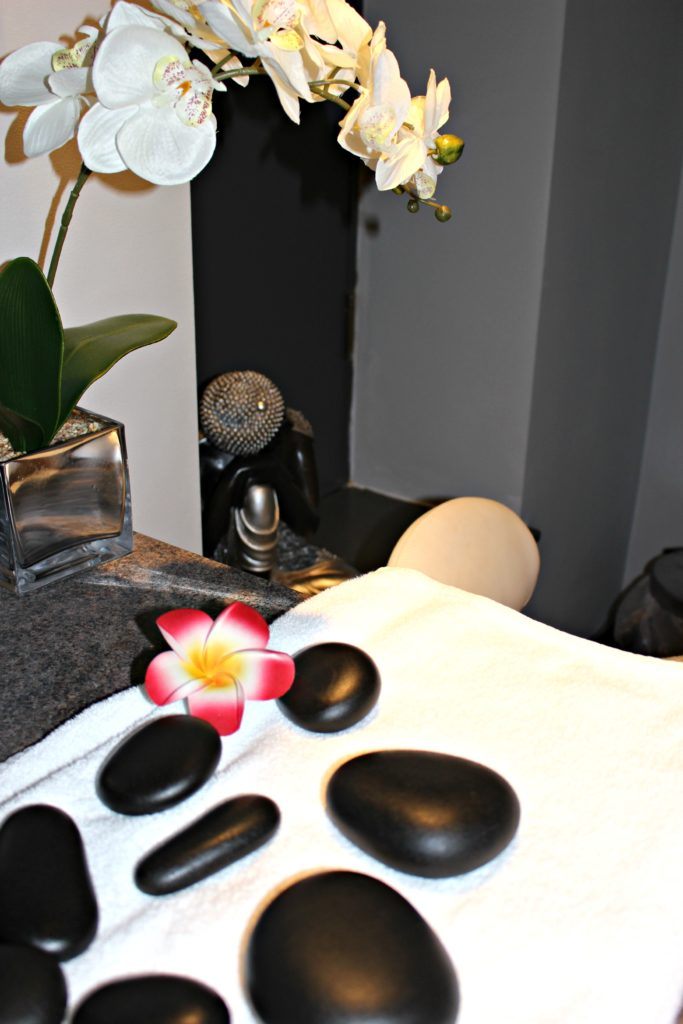 Hot stone massage review at Marshall Street Spa via @agirlsgottaspa