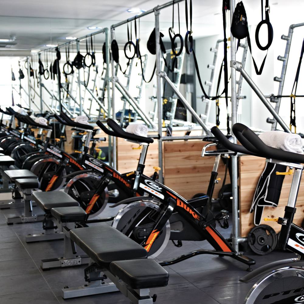 Spin class at Lomax, review by @agirlsgottaspa