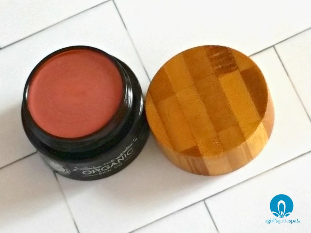 Organic blush from The Organic Skin Co review via @agirlsgottaspa