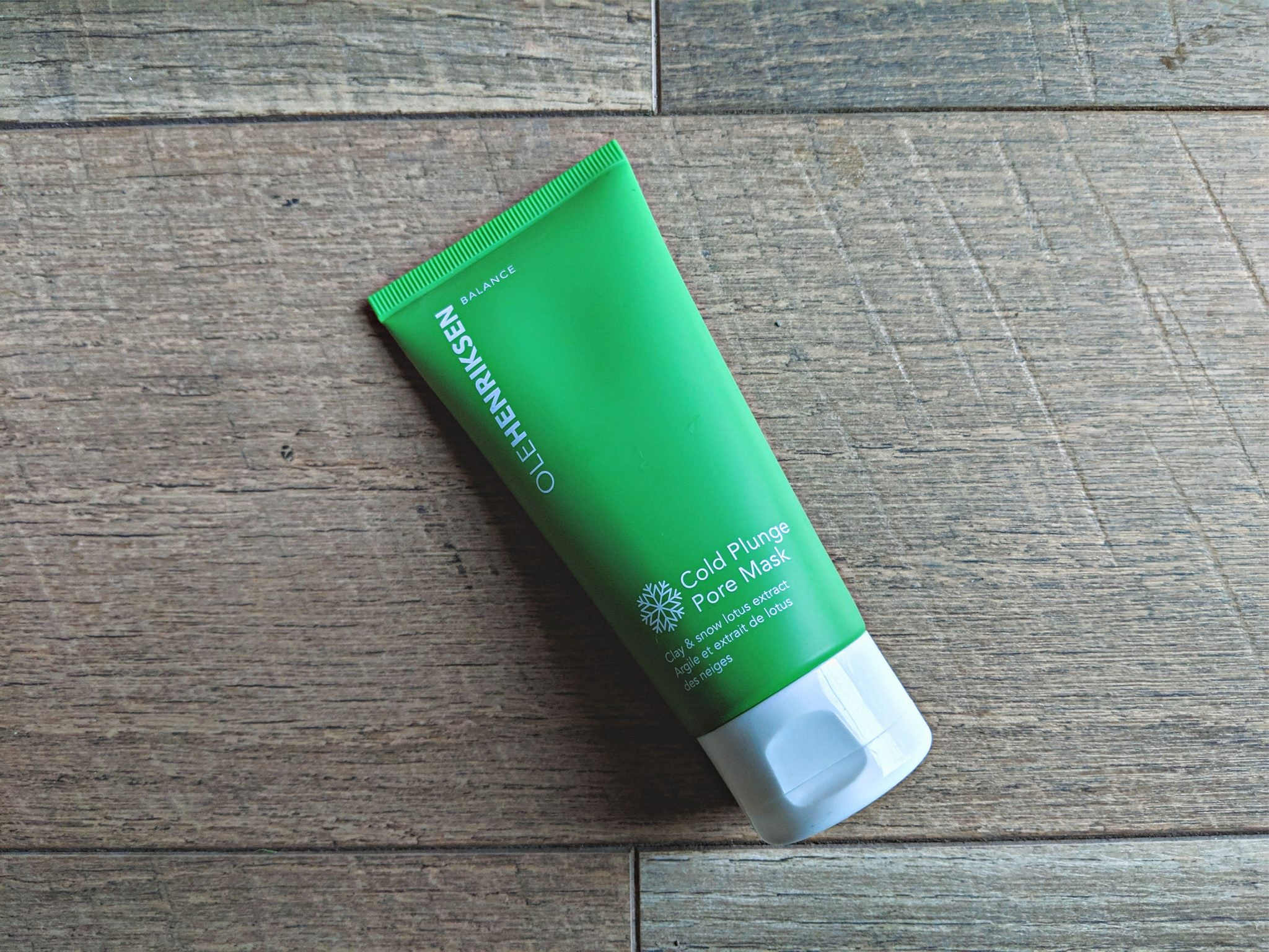 Large pores? Check this Ole Henriksen Cold Plunge Pore Mask review #skincare