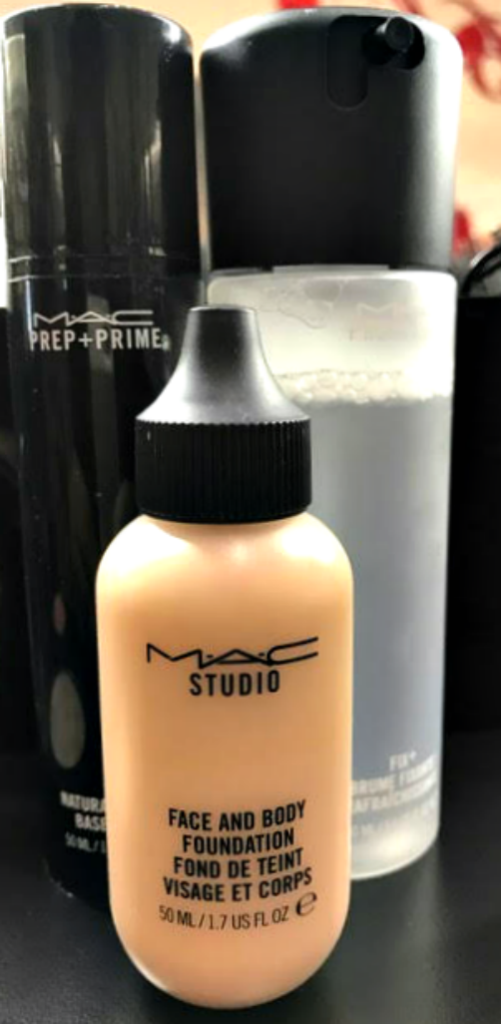 MAC Cosmetics skin prep for holiday makeup look via @agirlsgottaspa