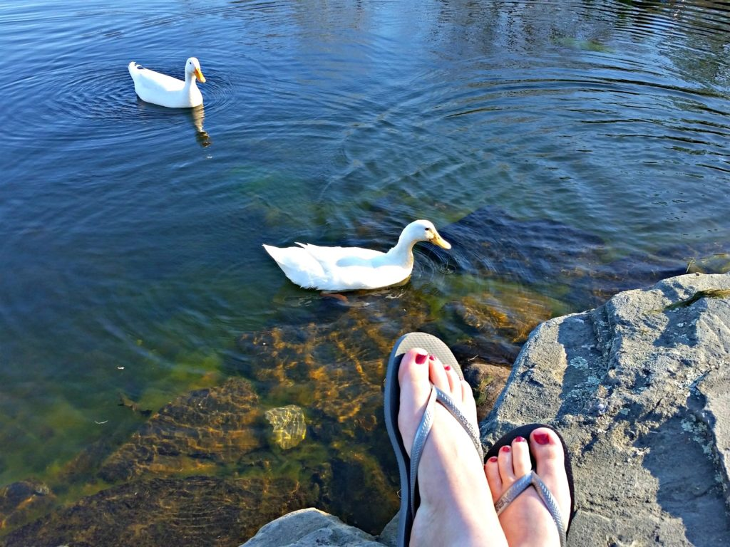 Get your feet sandal-ready with Amopé™! How-to pedicure. #AmopeCrowd #DoYouAmope #Sponsored